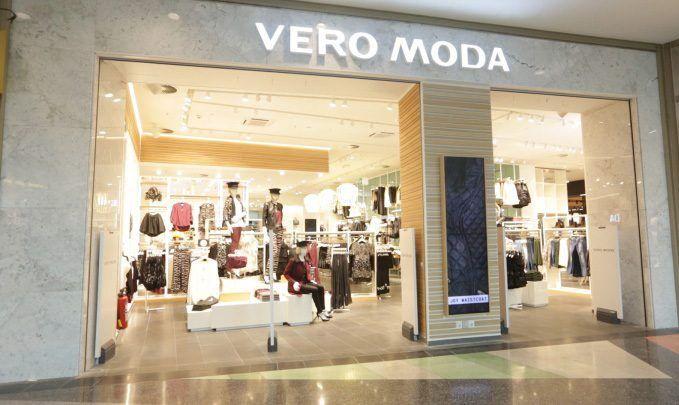 Mặt tiền shop quần áo nữ Vero Moda