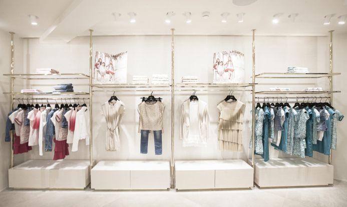 Hướng dẫn chọn giá treo quần áo đơn giản, đẹp mà rẻ