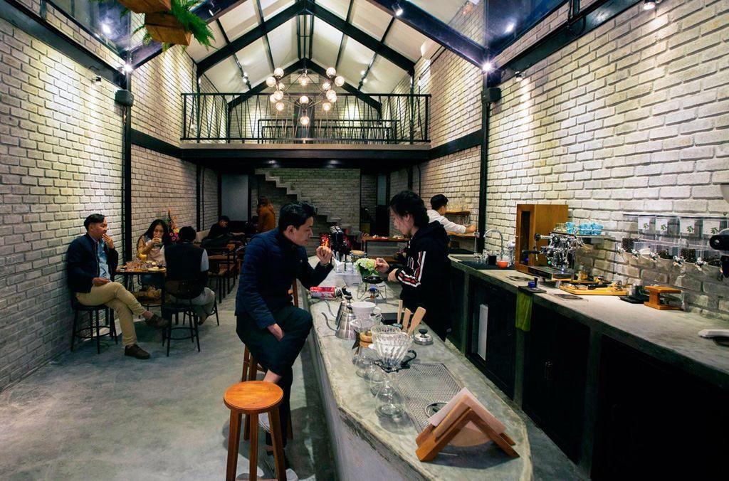 Công ty thi công hoàn thiện nội thất quán cafe uy tín chuyên nghiệp