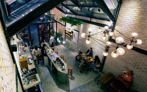 Thiết kế quán cafe đẹp độc đáo thu hút khách hàng