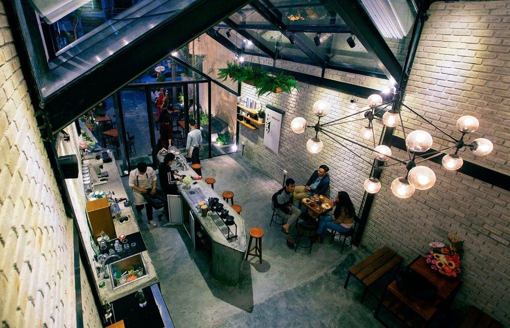 Thiết kế quán cafe đẹp - Tiết kiệm chi phí thi công Brewman Coffee