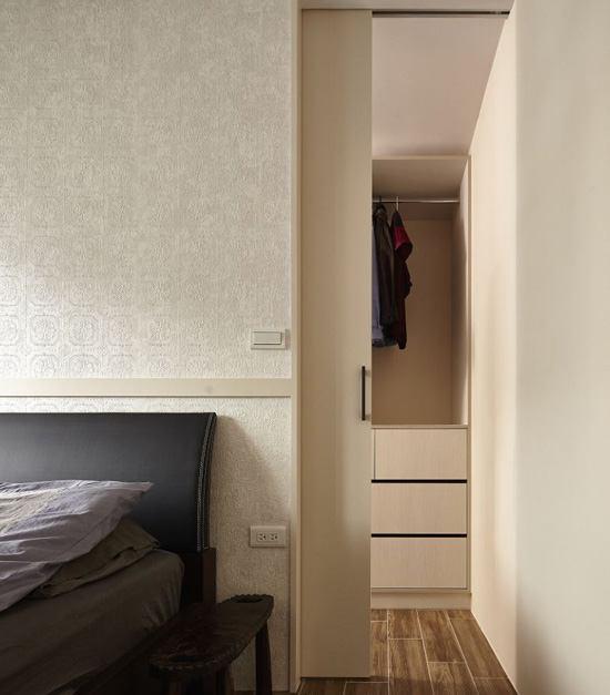 Thi công hoàn thiện nội thất phòng ngủ đẹp với tủ chứa quần áo đa năng